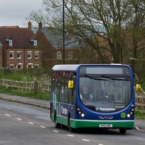 A Thamesdown bus in Wichelstowe