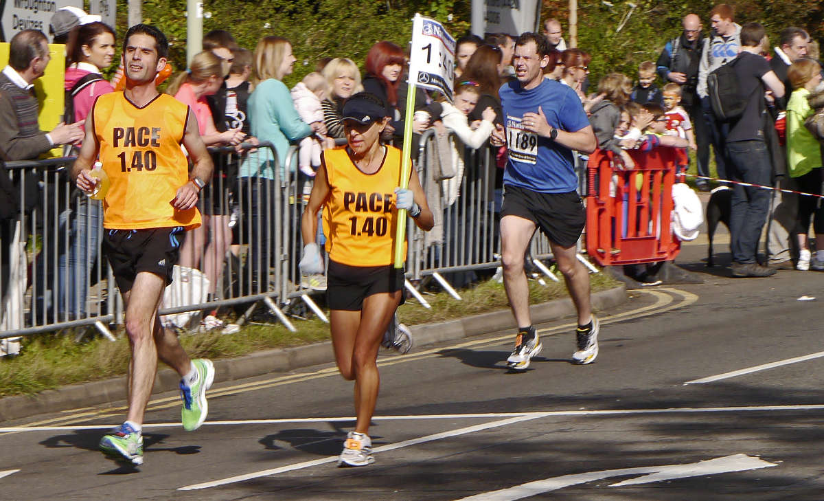 pace runners in Swindon half marathon